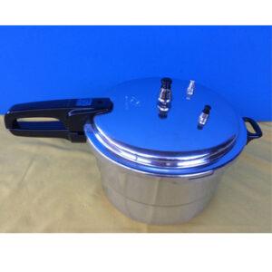 Micromatic-Super-Safety-Pressure-Cooker-8-Quart-01