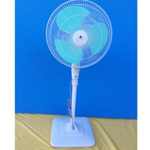 Standard-Stand-Fan-01